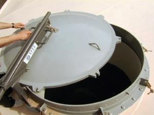 manhole-2